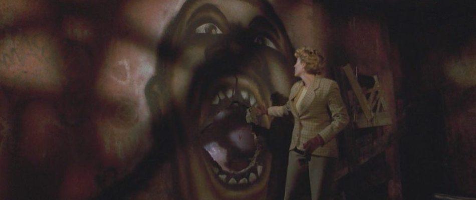candyman-helen-cabrini-green-horror-movie-cinema1.jpg