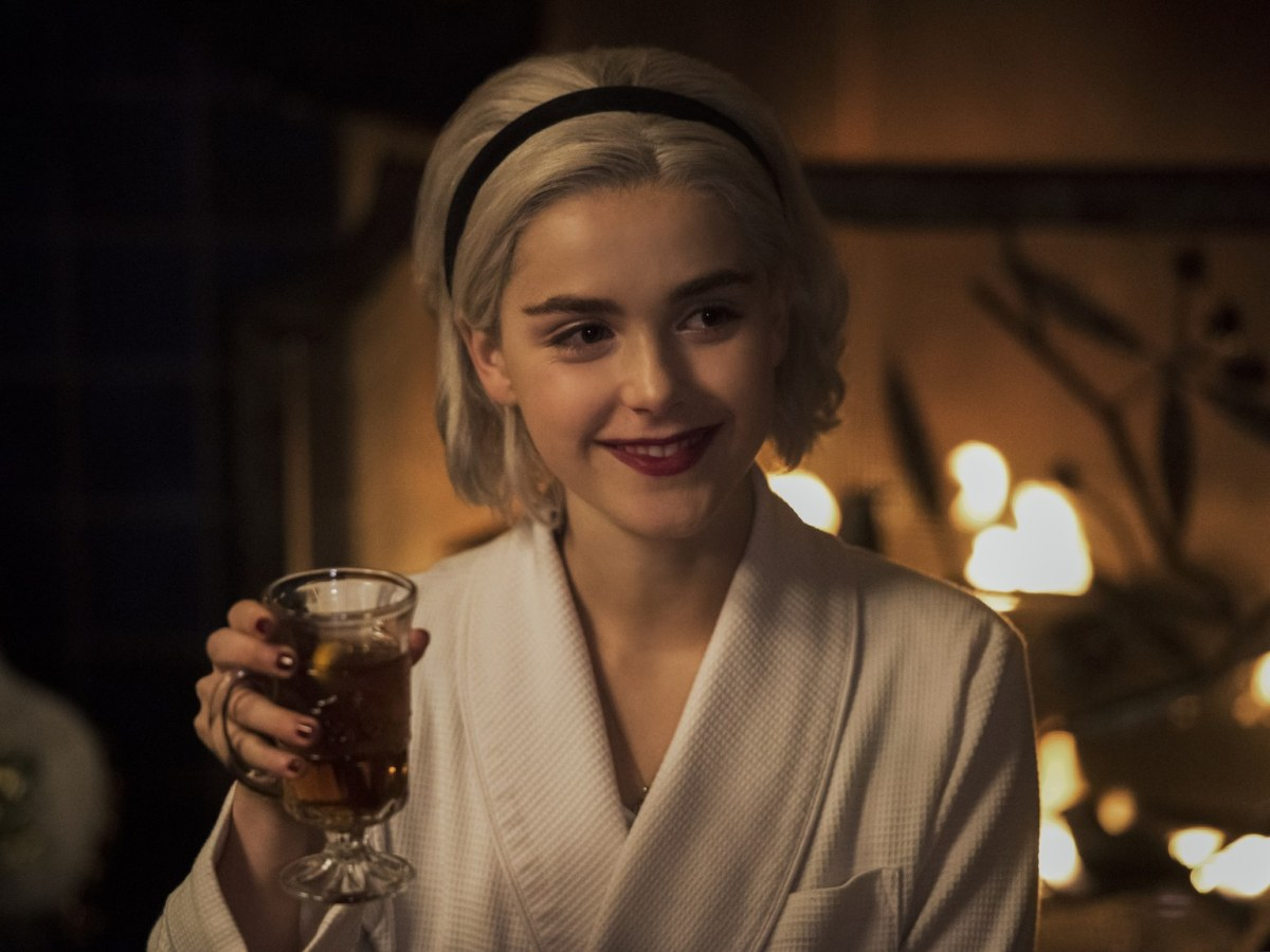 "Chilling Adventures of Sabrina: ""A Midwinter's Tale"""